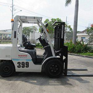 xe-nang-dau-cu-nissan-3-tan-399